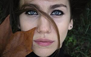 Фотографии Глаза Губы Лицо Смотрит Волосы Девушки