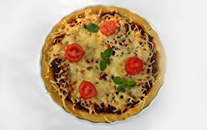 Картинки Фастфуд Пицца Помидоры Белый фон Продукты питания