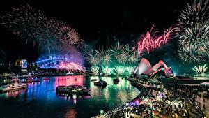 Картинка Фейерверк Австралия Ночные Набережной Сидней Opera House город