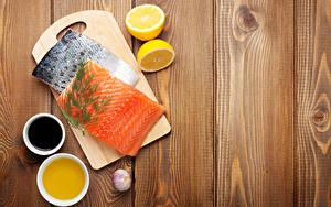 Картинки Рыба Лимоны Чеснок Укроп Лососи Доски Разделочная доска