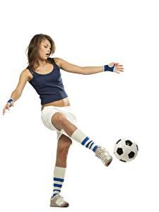 Картинки Футбол Мяч Белом фоне Удар Гольфы спортивный Девушки