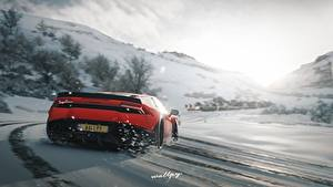 Обои для рабочего стола Forza Horizon 4 Ламборгини Вид сзади Снеге Красный Huracan by Wallpy компьютерная игра Автомобили