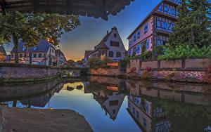 Картинка Франция Дома Речка Мосты Вечер Водный канал Weissenburg Alsace город