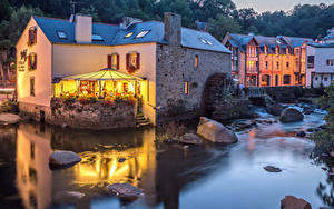 Фото Франция Дома Реки Вечер Камни Кафе Pont Aven Города