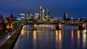 Фотографии Франкфурт-на-Майне Германия Реки Мосты Ночью Main river