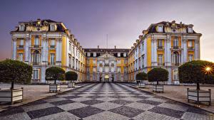 Фото Германия Дворца Аллеи Уличные фонари Деревьев Augustusburg and Falkenlust Palaces Города