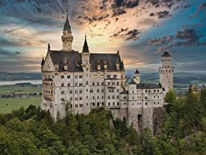Фотографии Германия Замок Нойшванштайн Облака