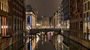 Картинка Германия Гамбург Дома Мост Ночь