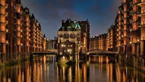 Фотография Германия Гамбург Дома Мост Водный канал Wasserschloss Города