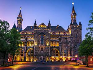 Обои Германия Здания Вечер Лестница Уличные фонари Aachen Town Hall Города