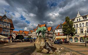 Обои Германия Дома Памятники Городская площадь Облачно Wolfenbüttel Города