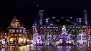 Обои Германия Дома В ночи Улица Кафе Уличные фонари Quedlinburg город