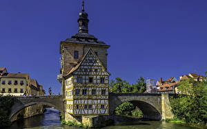 Обои Германия Здания Река Мост Бавария Bamberg Old Town Hall