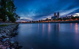 Фото Германия Здания Речка Вечер Magdeburg