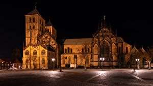 Картинки Германия Дома Храмы Церковь В ночи Уличные фонари Городской площади Muenster Города