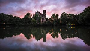 Обои Германия Озеро Церковь Вечер Отражении Дерево St. John's Church, Stuttgart Природа
