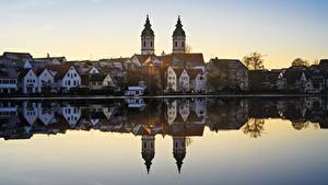 Обои для рабочего стола Германия Озеро Здания Церковь Отражение Bad Waldsee Города