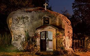 Фотографии Германия Храмы Церковь В ночи Felsenkirche Города