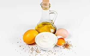 Картинки Сером фоне Кувшины Яйца Масло Майонез Еда