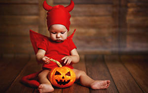 Картинка Хэллоуин Тыква Демон Доски Младенцы Униформе ребёнок