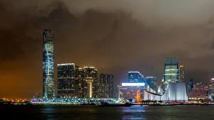 Фото Гонконг Небоскребы Ночью Заливы Victoria Harbour Города