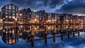 Картинки Здания Нидерланды Водный канал Отражение Haarlem, North Holland Города