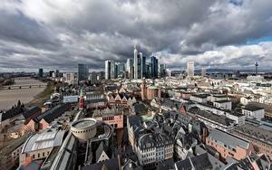 Обои для рабочего стола Здания Небоскребы Германия Сверху Altstadt, Frankfurt am Main, Hesse город