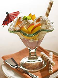 Обои Мороженое Фрукты Зонтик Еда