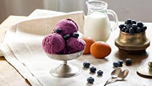 Обои Мороженое Молоко Черника Шар Кувшины Яйцами Пища