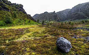 Картинки Исландия Гора Камень Трава Thorsmork National Park Природа