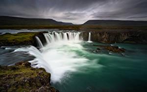 Обои Исландия Водопады Гора Godafoss, Nordjurland-ejstra Природа