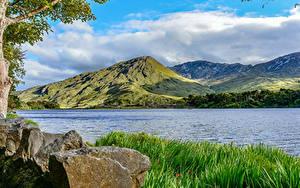 Картинки Ирландия Река Горы Камни Трава Облака County Galway Природа