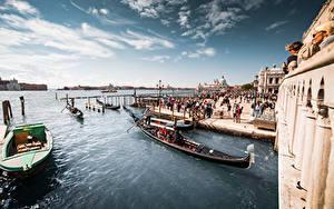 Фото Италия Лодки Причалы Небо Венеция город