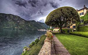 Картинки Италия Дома Озеро Гора Берег HDRI Газон Дерево Lenno Города