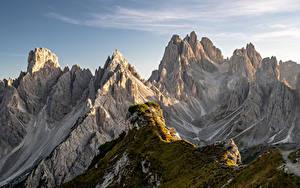 Картинки Италия Гора Утес Альпы Dolomites Природа