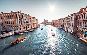 Картинки Италия Речные суда Здания Солнца Венеция Водный канал Grand canal