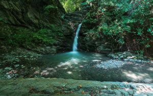 Фотографии Италия Водопады Утес Ручеек Como