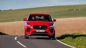 Фото Jaguar Красный Спереди Кроссовер Асфальт E-Pace, R-Dynamic First Edition, UK-spec, 2017 Автомобили