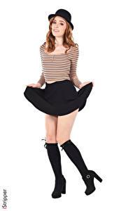 Фото Jia Lissa iStripper Белым фоном Шатенка Шляпе Позирует Рука Юбка Ноги Гольфы девушка