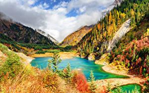 Обои Цзючжайгоу парк Китай Парки Горы Озеро Осень Леса Пейзаж