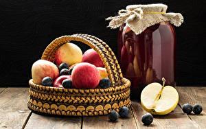 Картинки Сок Яблоки Ягоды Банки Корзинка Продукты питания