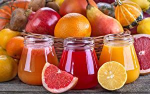 Картинка Сок Цитрусовые Гранат Груши Грейпфрут Лимоны Трое 3 Банка Пища