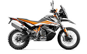 Фотография КТМ Белым фоном Сбоку 2019 790 Adventure R Мотоциклы