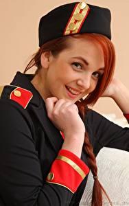 Картинки Kara Carter Рыжие Взгляд Улыбка Рука Униформа Девушки