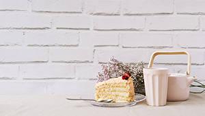 Фотография Чайник Торты Стенка Стакан Кусочки Пища
