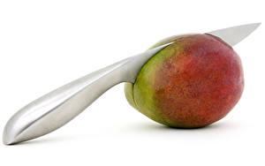 Обои Ножик Манго Белом фоне Пища