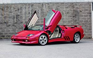 Обои Ламборгини Красных Родстер Открытая дверь 1991999-2000 Diablo VT Roadster9-2000 Lamborghini Diablo VT Roadster Автомобили