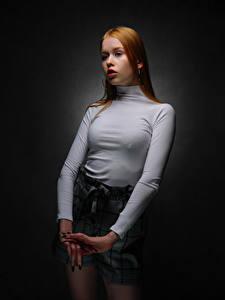 Фотографии Поза Рыжих Руки Взгляд Lisa, Nikolay Bobrovsky молодая женщина