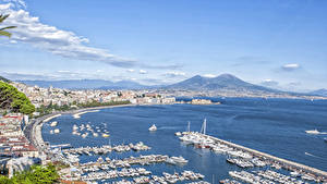 Обои для рабочего стола Причалы Яхта Катера Италия Залива Горизонта Naples, Campaign, Bay Naples Города