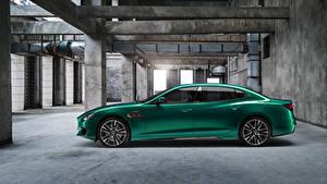 Картинки Мазерати Зеленые Металлик Сбоку Quattroporte Trofeo M156, 2020 авто